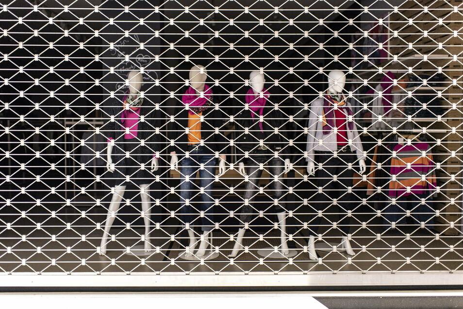 Der Lockdown führt insbesondere im Einzelhandel zu mehr Entlassungen