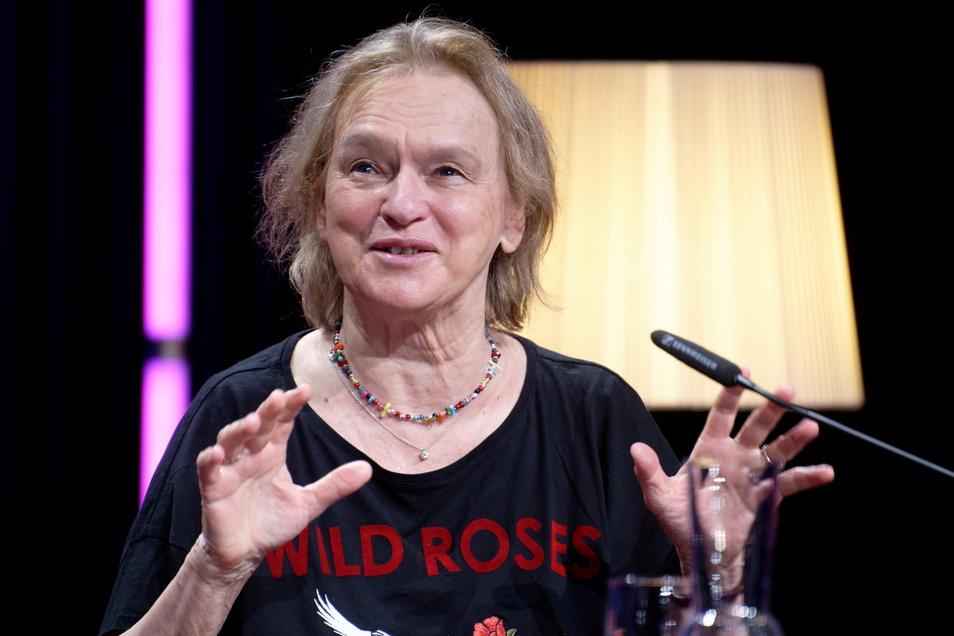 Schriftstellerin und Literaturkritikerin Elke Heidenreich hat sich zu den Geschehnissen um die Sprecherin der Grünen Jugend geäußert.