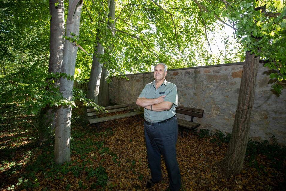 Im Herbst hat sich Graupas Ortsvorsteher Gernot Heerde über Randale im Schlosspark geärgert.