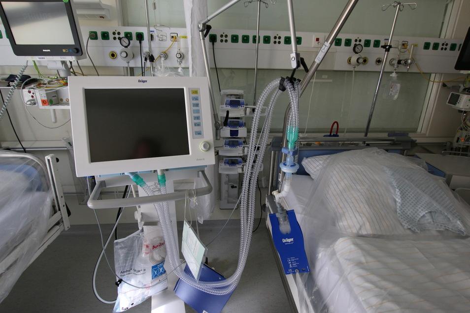 Das Foto zeigt ein Zimmer auf der Intensivstation der Helios-Klinik Leisnig.