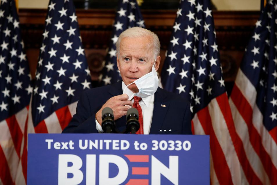 In den Meinungsumfragen liegt Joe Biden, der Kandidat der Demokraten, derzeit in Führung.