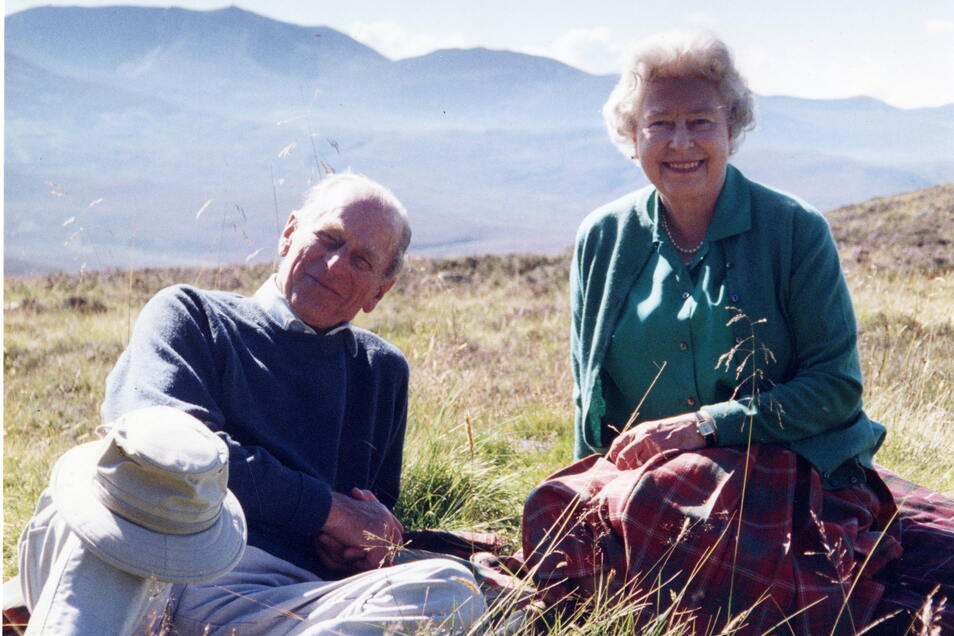 Die Queen teilte dieses Foto von 2003 nach dem Tod ihres Gatten.