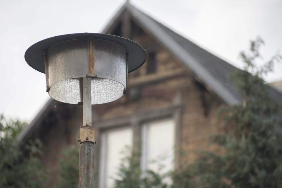 Die Stadt Kamenz ersetzt Straßenlampen aus DDR-Zeiten durch moderne LED-Technik.