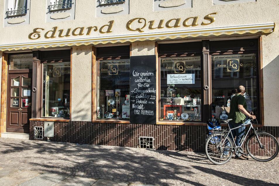 Das frühere Kaufhaus Quaas auf dem Großenhainer Frauenmarkt könnte in der Adventszeit für wenige Wochen wieder öffnen.