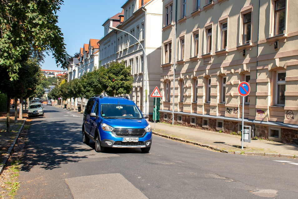 Die Kunzemannstraße wird bis voraussichtlich Ende des Jahres für den Verkehr gesperrt. Hier werden neue Abwasser- und Trinkwasserleitungen verlegt.