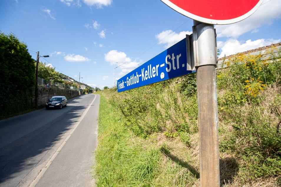 Straße nach Krippen: Der zweite Abschnitt geht in den Sommerferien weiter.
