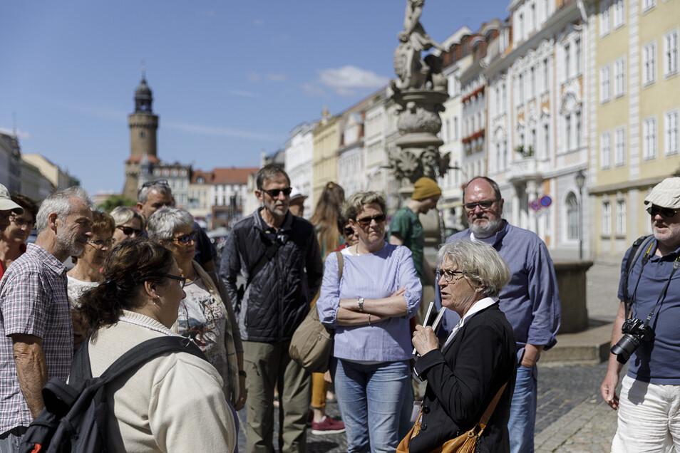 Langsam zieht der Städtetourismus in Görlitz wieder an, hier eine Stadtführung am 4. Juni.