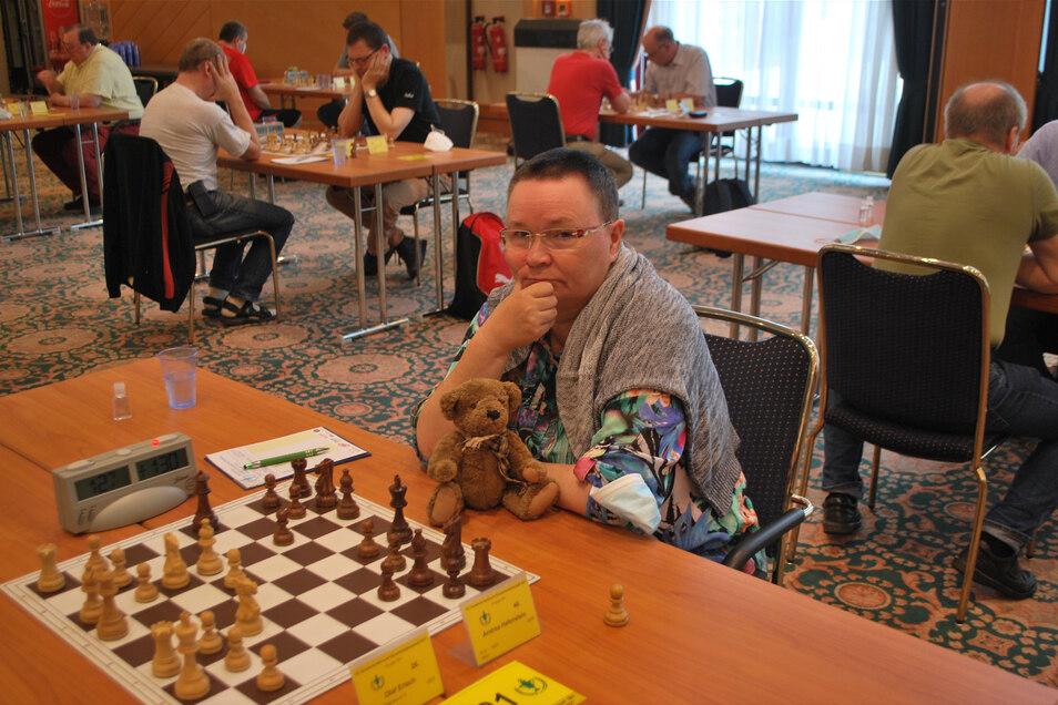 Beim Turnier in Magdeburg spielte Andrea Hafenstein ihre ganze Erfahrung aus.