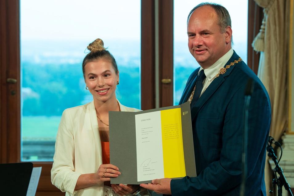 Shorttrackerin Anna Seidel wurde mit dem Sportpreis für sportliche Spitzenleistungen geehrt.