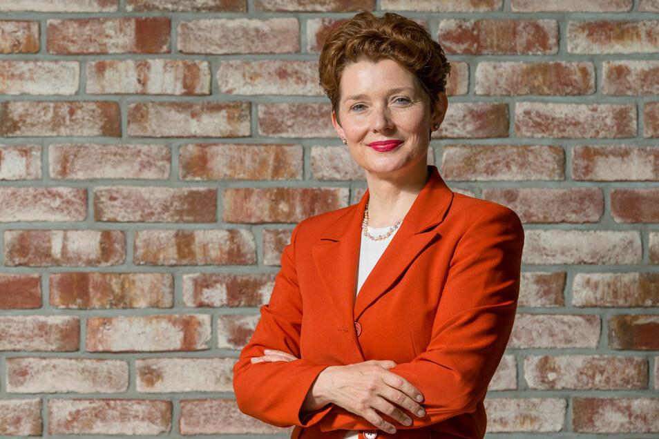Dr. Ilona Bürgel ist Diplom-Psychologin.