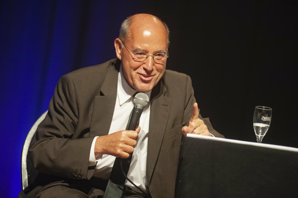 Wortgewandt, mit Witz und einer großen Portion Lebenserfahrung unterhielt der 72-jährige Berliner am Mittwochabend seine Zuhörer.
