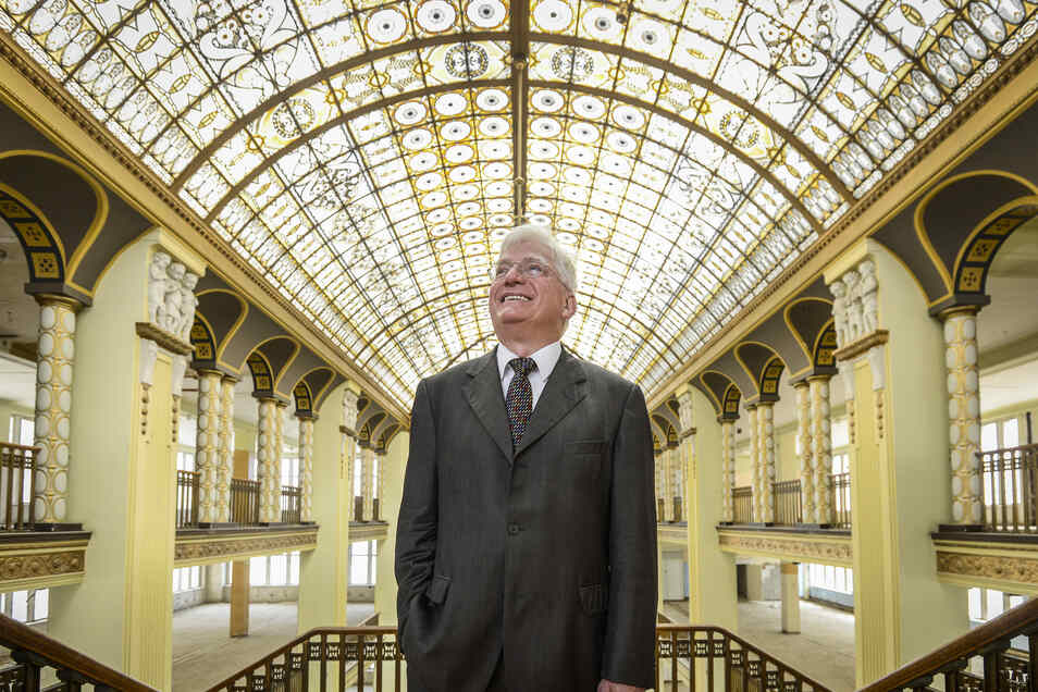 Kaufhaus-Investor Winfried Stöcker trifft mit seinen neuesten Plänen in Görlitz auf Widerspruch - aber auch Zustimmung.