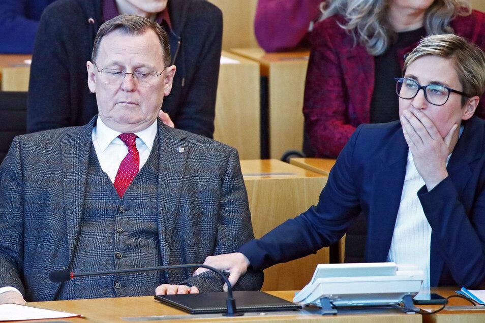 Der bisherige Ministerpräsident Bodo Ramelow (Die Linke, l.) reagierte entsetzt auf die Wahl seines Kontrahenten.