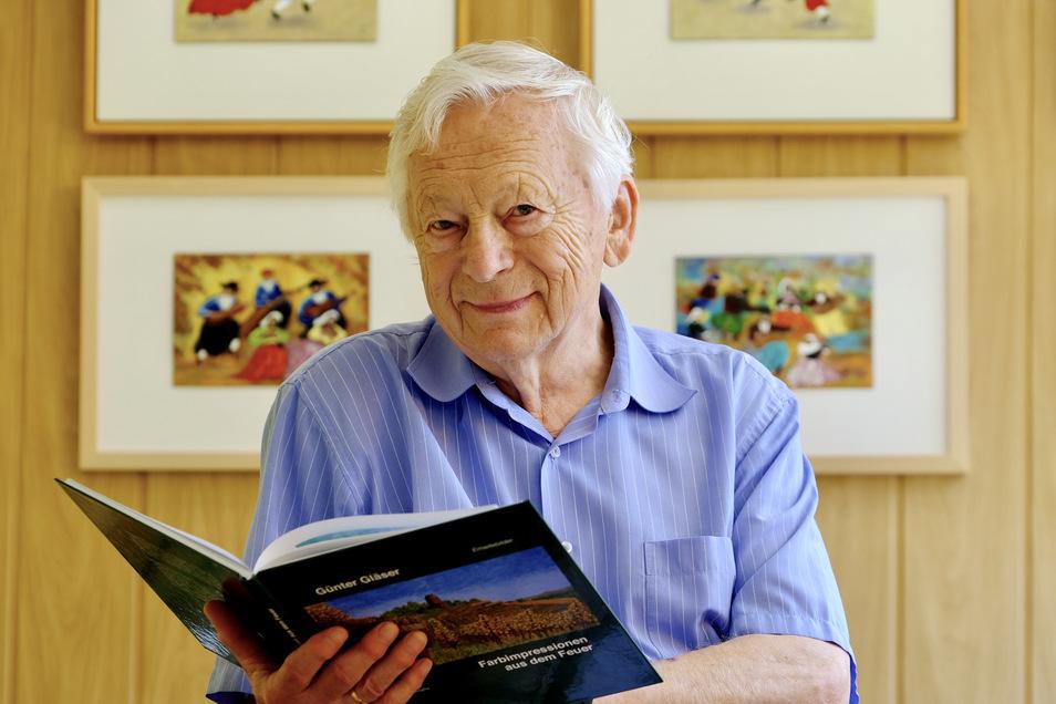 Seit seiner Pensionierung vor 16 Jahren widmet sich Günter Gläser der aufwendigen Emaillekunst. Seine schönsten Werke sind im Buch zu sehen.