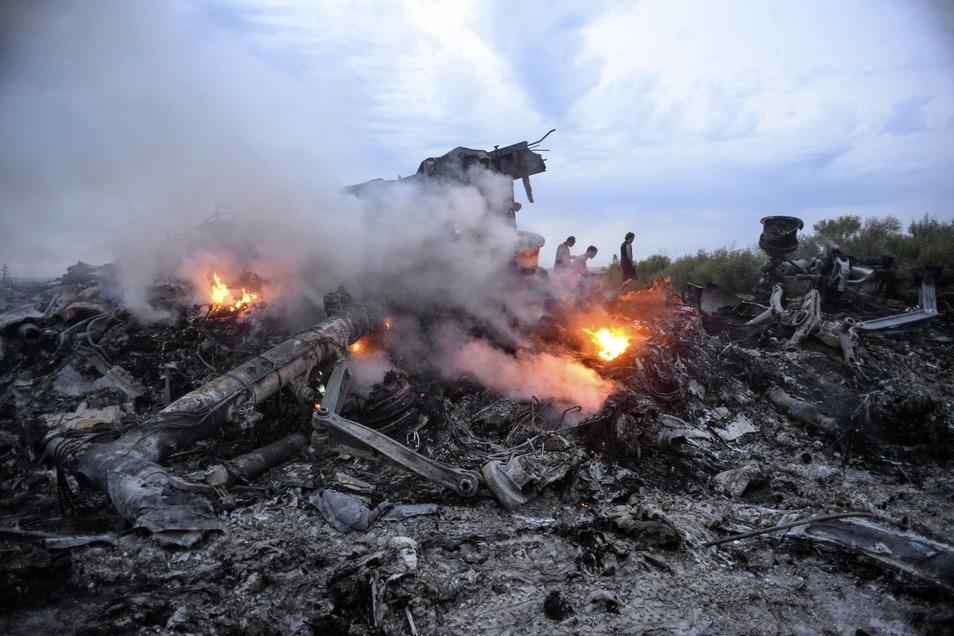 Das Passagierflugzeug mit der Flugnummer MH17 war im Juli 2014 mit 283 Passagieren und 15 Crewmitgliedern an Bord abgeschossen worden.