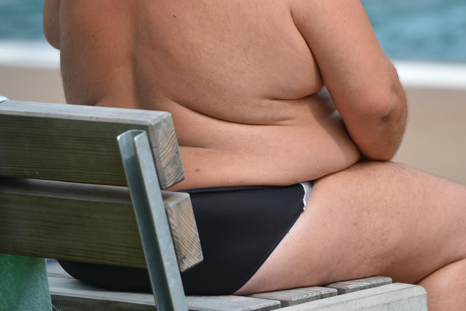 Ein bedenklicher Anstieg an Übergewichtigen ist bei Jugendlichen, jungen Erwachsenen und Frauen zu beobachten.