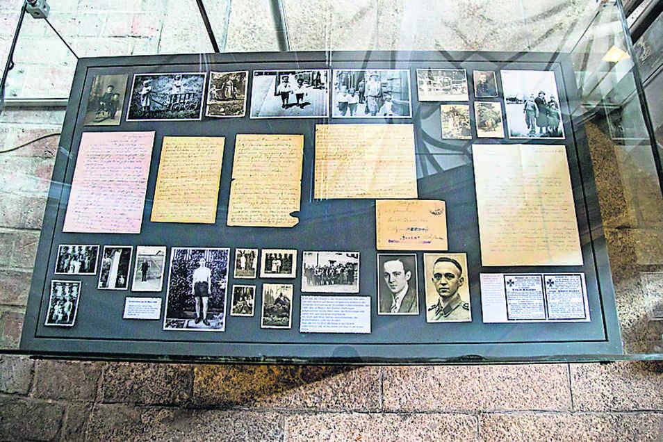 Persönliche Erinnerungen an den Onkel, den er nie gekannt hat: Martin E. Kautter zeigt in seiner Schau auch etliche Fotos von Onkel Erich sowie die wenigen Front-Briefe.