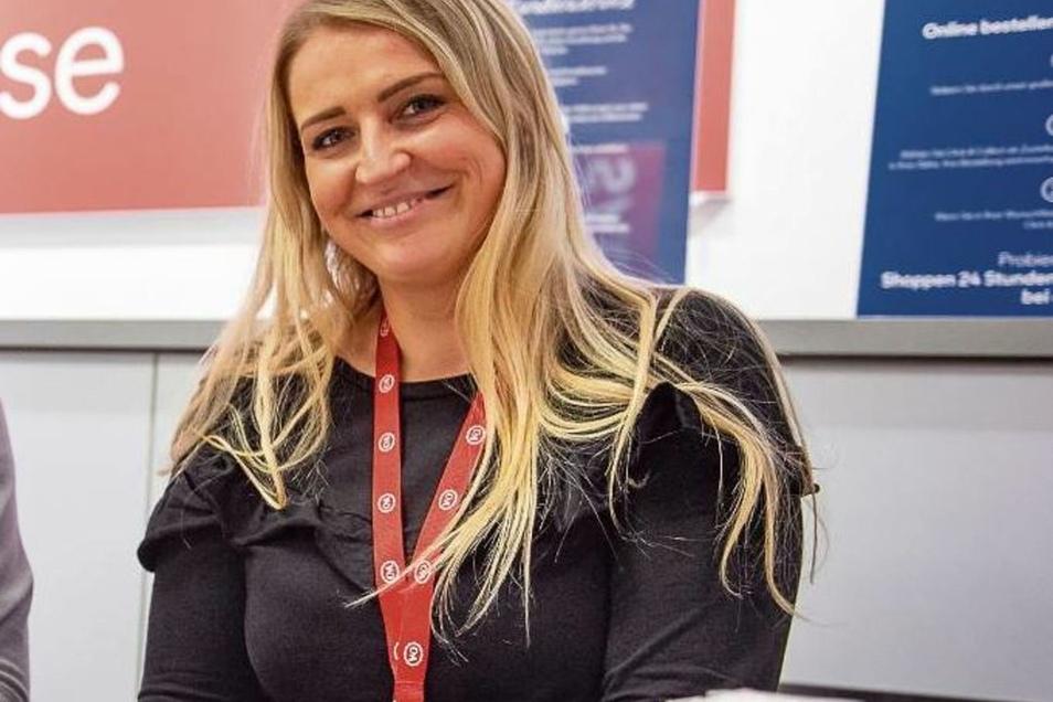 Oliwia Klakowska ist die Chefin der Görlitzer C&A-Filiale. Trotz Bagger vorm Haus findet sie die Bauarbeiten in Ordnung.