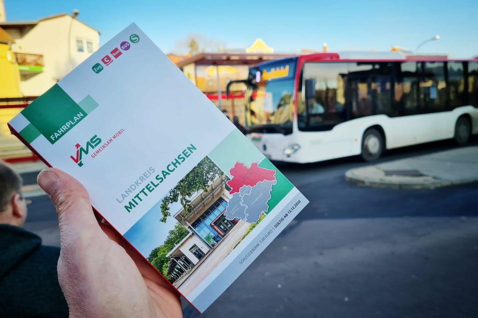 Den neuen Fahrplan gibt es auch als Buch in den Kundenbüros des VMS sowie am Reisezentrum am Döbelner Busbahnhof.