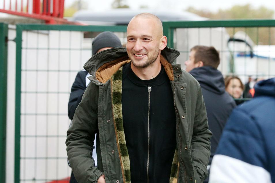 Mit einem Lächeln unterwegs: Toni Leistner weiß sich und sein Leben als Fußballprofi einzuordnen. Seine Heimat Dresden hat er nicht vergessen.