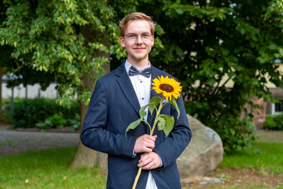 Elias Hesse aus Ostrau hat am Lessing-Gymnasium durchweg mit Note 1 abgeschlossen. Sein Lieblingsfach: Physik. Das will er zum Beruf machen. Der 18-Jährige wird sich für ein Studium an der Uni Leipzig bewerben.