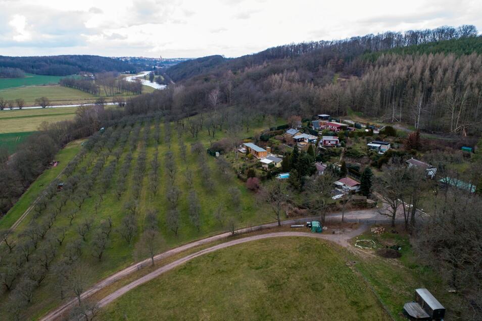 In den 1970er-Jahren dürften die Wochenendgrundstücke der Weinbergsiedlung entstanden sein. Einen Bebauungsplan gibt es dafür nicht.