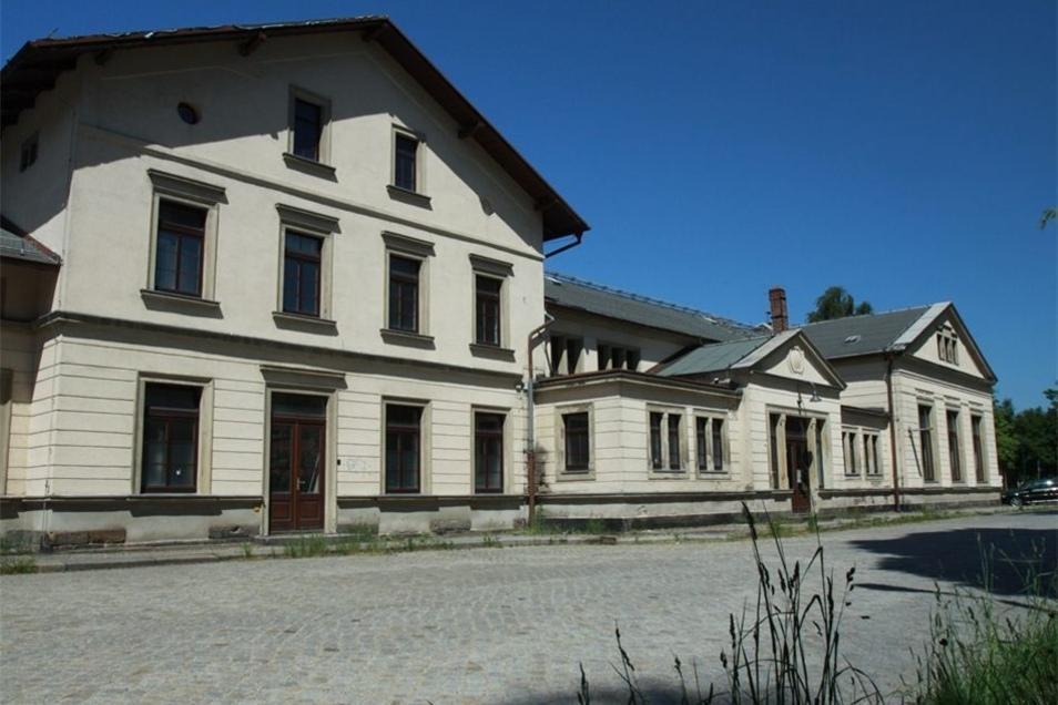 Bahnhof Neugersdorf. Das Konzept von einem Bürgerbahnhof ging nicht auf.