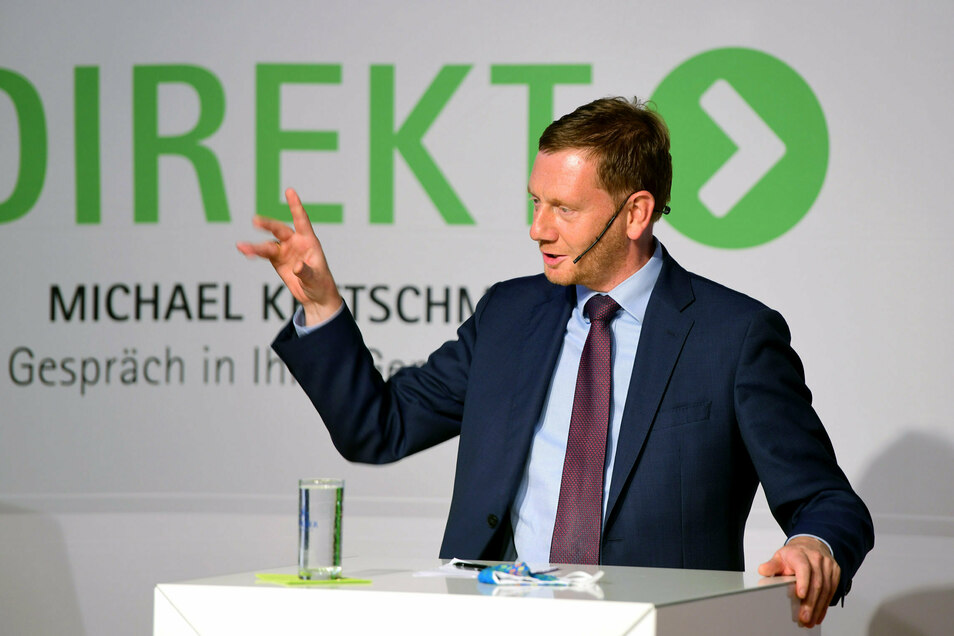 """""""Direkt"""" Michael Kretschmer im Gespräch mit Bürgern hieß es jetzt in Oppach."""