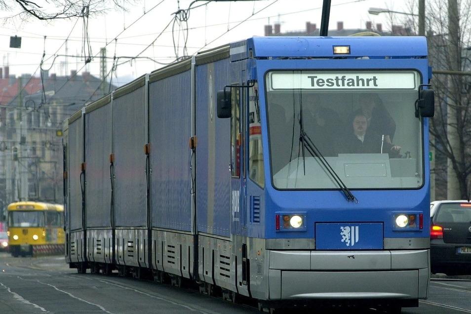 Als die Güterstraßenbahnen vor 20 Jahren ihren Betrieb aufnahmen, sorgte das für viel Interesse. Jetzt geht es um ihre Zukunft.