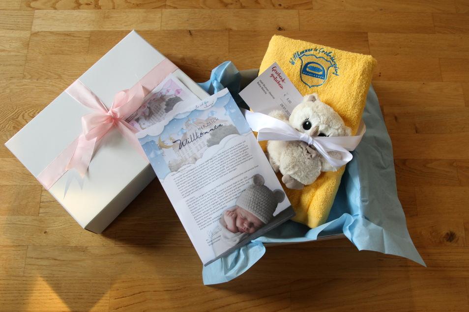 Diese Geschenke sind im Begrüßungspäckchen der Stadt Großröhrsdorf für die Neugeborenen.