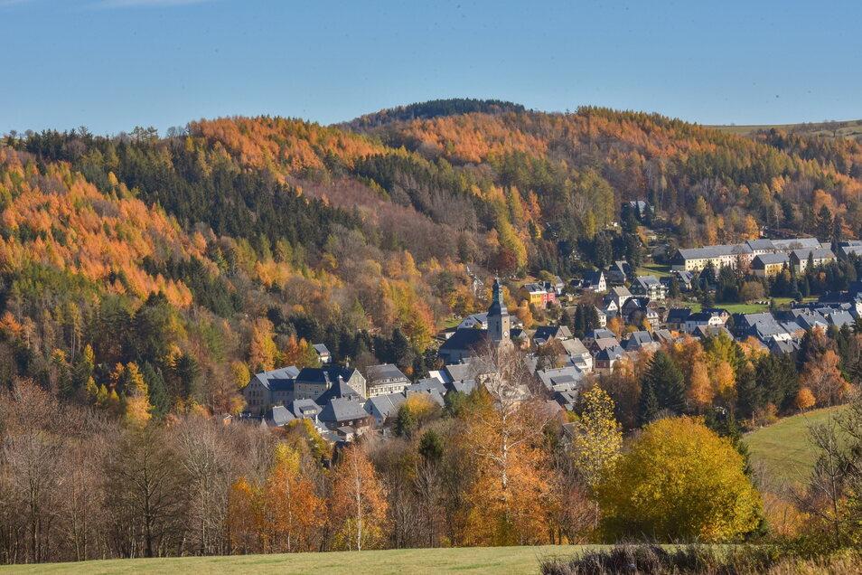 Ein Geisinger Bürger möchte der Stadt Altenberg eine Fläche abkaufen. Doch Bürgermeister Kirsten wirbt um Vorsicht.