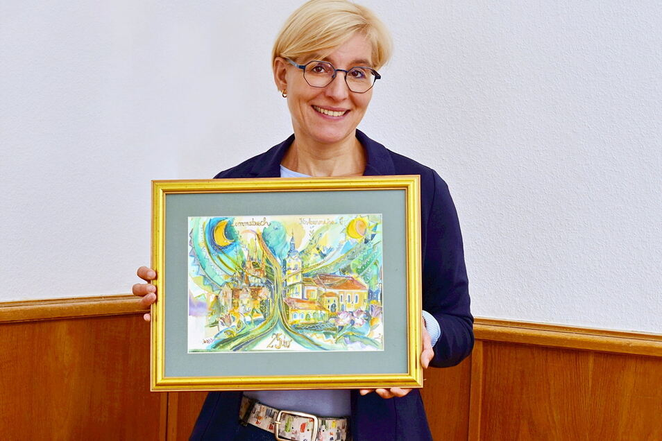 Dieses Geschenk brachte die Lommatzscher Bürgermeisterin Anita Maaß von einem Besuch in der ungarischen Partnergemeinde KIskunmajsa mit .