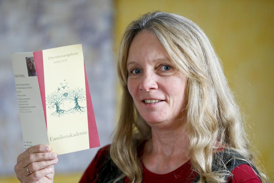 Claudia Hüttig bietet Kurse für Eltern an, die ihnen die Erziehung erleichtern sollen. Dabei verfolgt sie ihre ganz eigene Strategie.