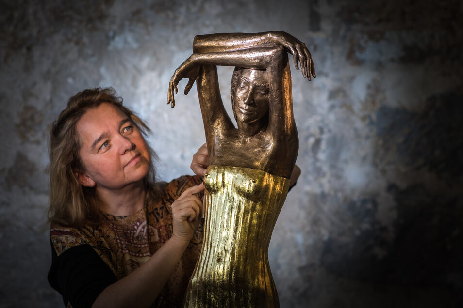 """""""Die Träumende"""", eine vergoldete Bronzestatue von Malgorzata Chodakowska, ist der Preis für die oder den Unternehmer des Jahres."""