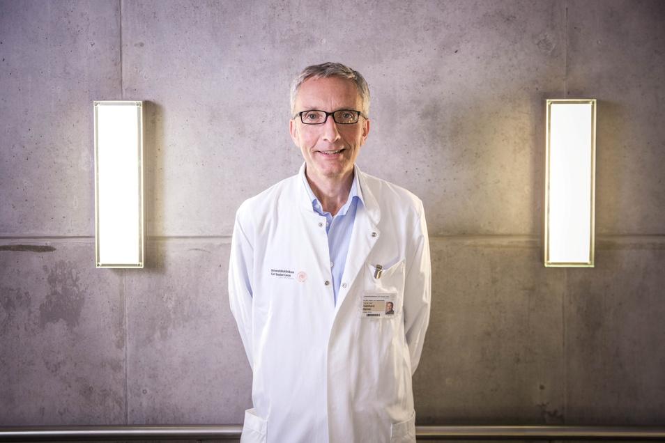 Erforscht zusammen mit seinem Team und Medizinern in ganz Deutschland, wie sich Corona auf Kinder auswirkt: Professor Reinhard Berner, Direktor der Kinderklinik am Uniklinikum Dresden.