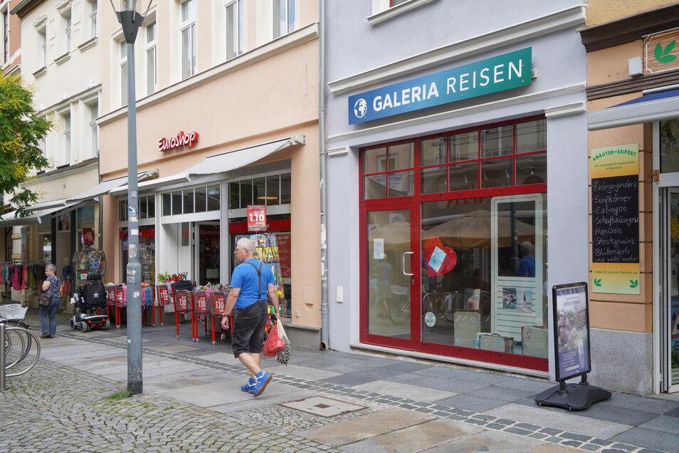Die Filiale von Galeria Reisen auf der Reichenstraße wurde im Sommer 2020 geschlossen. Ein Jahr später steht sie noch immer leer.