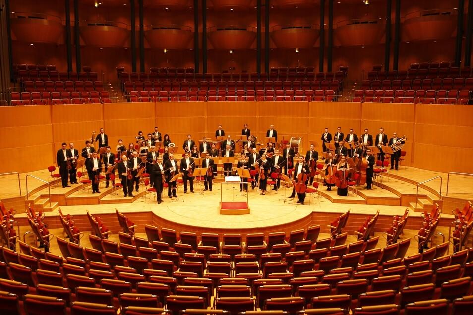 Er formte die Russische Kammerphilharmonie St. Petersburg zu einem internationalen Spitzenorchester mit einzigartigem Klang. © Alexander Neroslawsky
