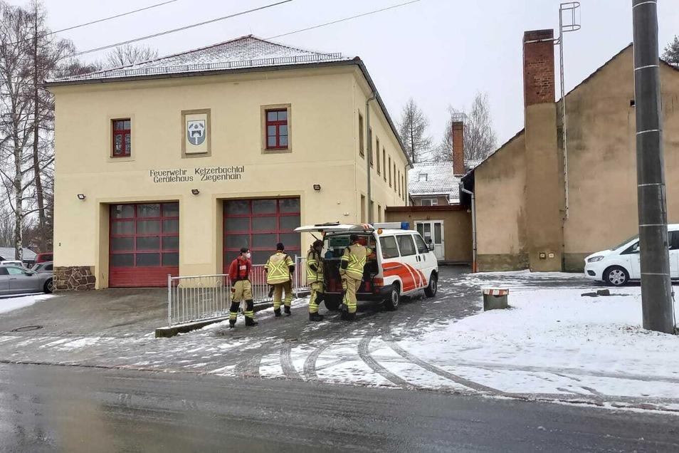 Im Gemeindehaus Ziegenhain haben 30 Bewohner des Altenpflegeheims Leuben vorübergehend eine Zuflucht gefunden.