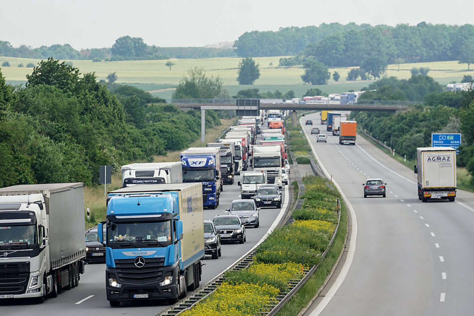 Zwischen Dresden-Nord und Bautzen-Ost soll die Autobahn um jeweils eine Spur verbreitert werden.