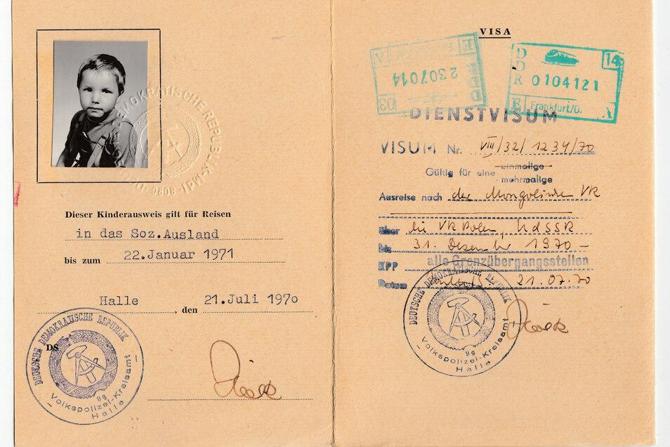 Mit dem Kinderausweis durfte Jörg Stübner in die Mongolei reisen. Eine schöne Zeit, soweit er sich daran erinnern konnte.
