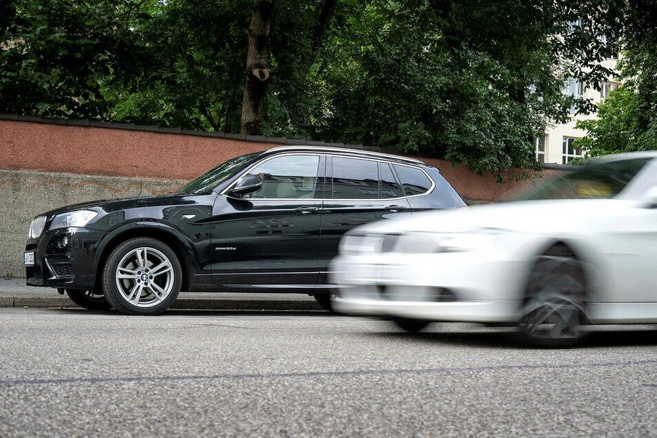Werden Autos mit hohem CO2-Ausstoß bald mehr kosten?