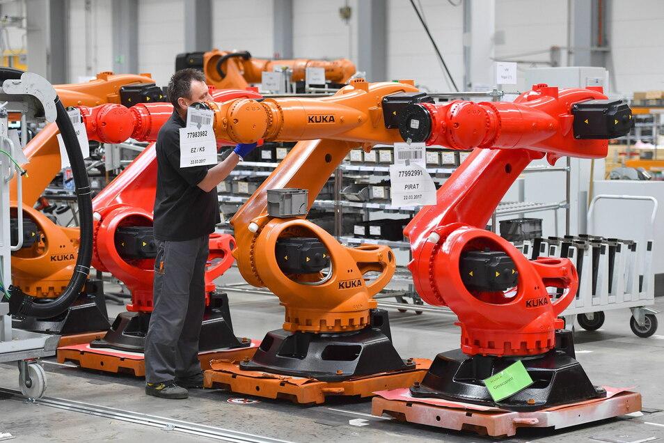 Der Fall Kuka soll sich nach dem Willen Brüssels nicht wiederholen: 2016 wurde der Roboterhersteller von China übernommen.