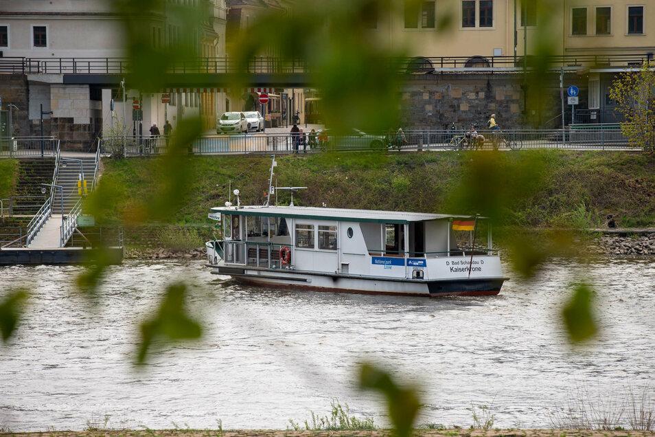 Die Fähre zwischen der Pirnaer Altstadt und Copitz soll nach zweieinhalb Monaten Pause wieder fahren.