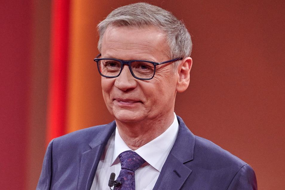Der Moderator Günther Jauch ist nach seiner Corona-Erkrankung zurück im Sendestudio.