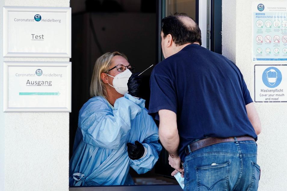 In Mittelsachsen wurden am Mittwoch drei positive PCR-Tests registriert.