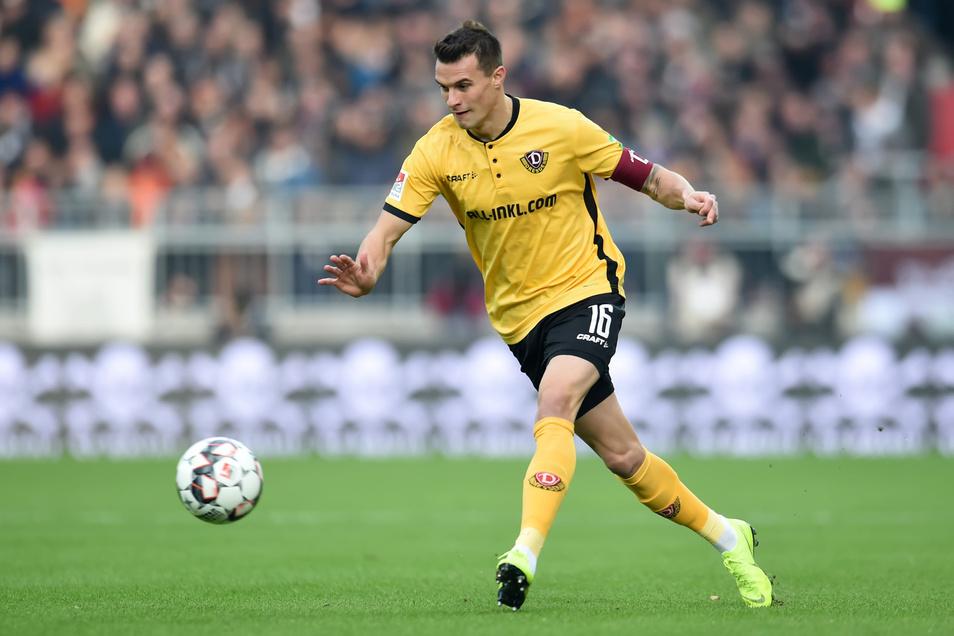 Philip Heise hat bei Dynamos 1:1 auf St. Pauli die Kapitänsbinde getragen. Dabei ist er nur dritter Ersatzmann für das Amt.