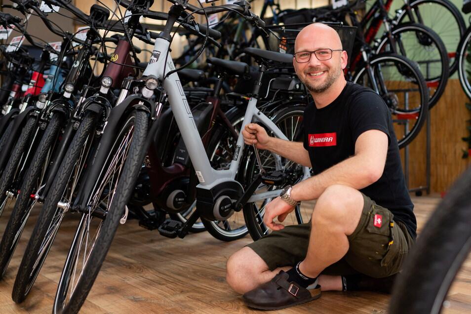 Axel Koller betreibt den einzigen Fahrradladen in Bischofswerda. Besonders gefragt sind bei ihm und auch bei anderen Händlern im Landkreis Bautzen E-Bikes.