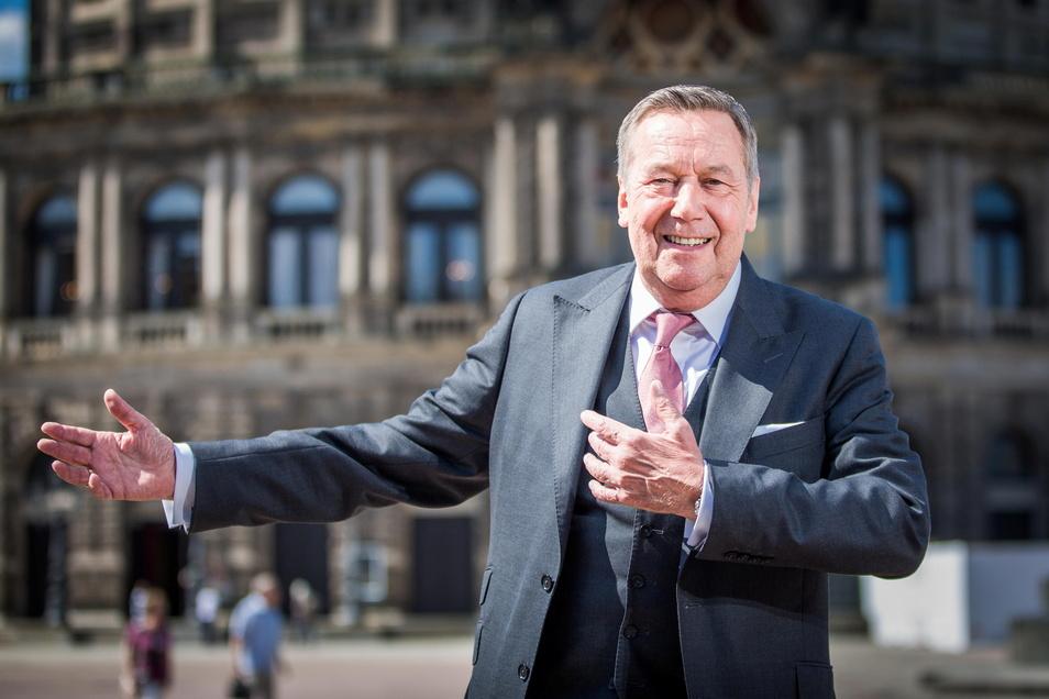 Roland Kaiser hatte zwei riesige Auftritte pro Jahr in Dresden - als Moderator des Semperopernballs und auf der Kaisermania. Nun wird er schwer vermisst.