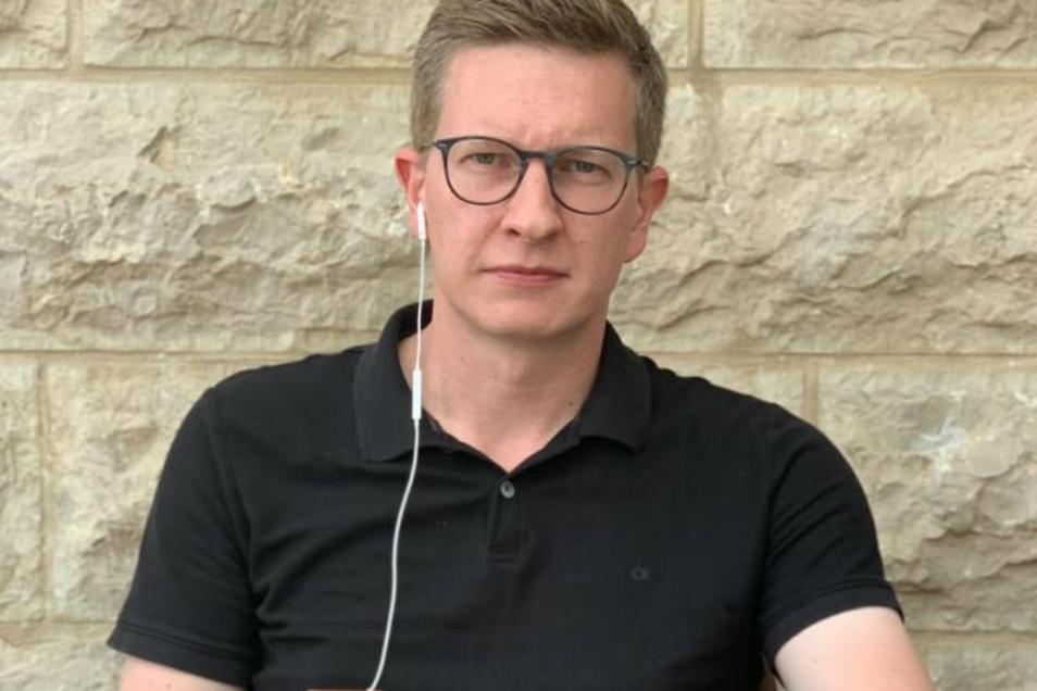 Oliver Wehner im Live-Gespräch mit Sächsische.de in seinem Ferienhaus. Der Ex-Landtagsabgeordnete wurde im Urlaub Zeuge der Katastrophe von Beirut.