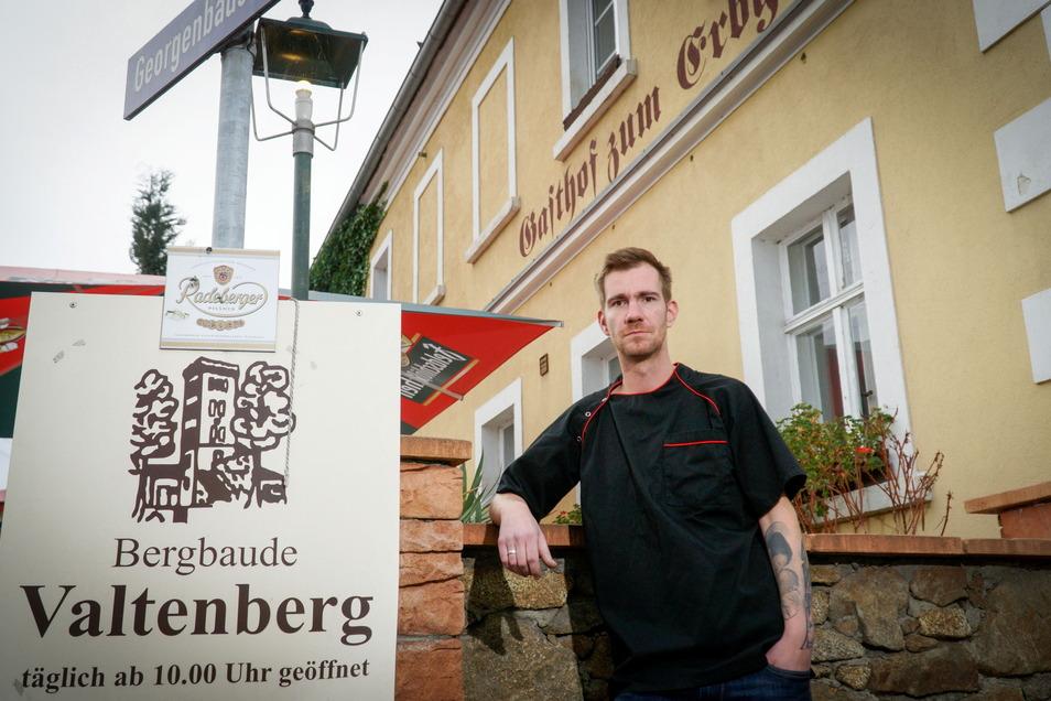 Romano Porsche betreibt mit seiner Frau neben dem Erbgericht in Neukirch übergangsweise auch die Bergbaude auf dem Valtenberg. Ihr Pachtvertrag läuft zum 31. Dezember dieses Jahres aus.